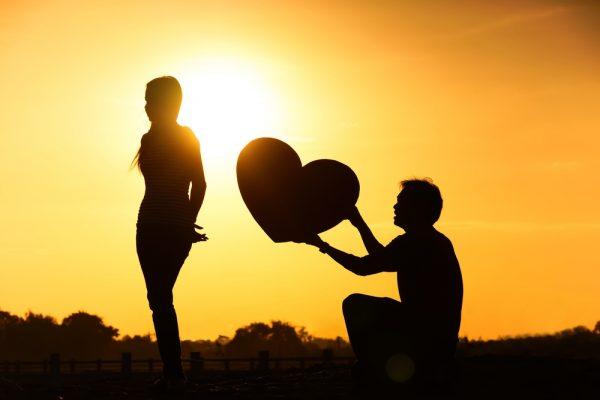愛を告白する