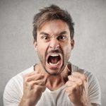 また怒ってる…すぐに怒る人の心理や特徴、対処法について考える!