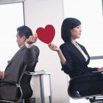 職場結婚が決まった!上司への挨拶や報告時期の常識とは?