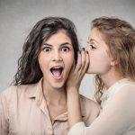 告げ口する人の特徴や心理と、有効な3つの対処法!